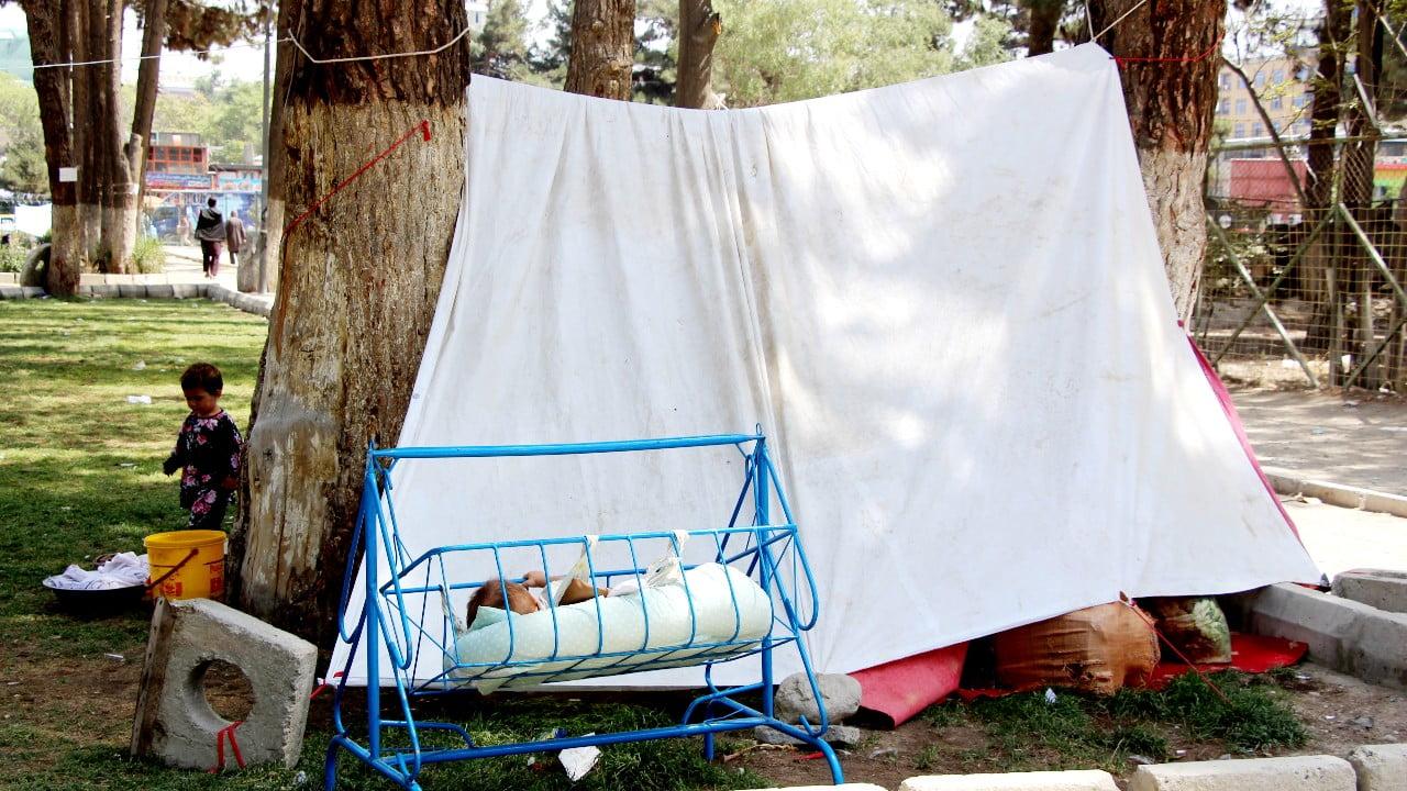 Provisoriska läger är nu hem för många människor som nyligen tagit sin tillflykt till Kabul